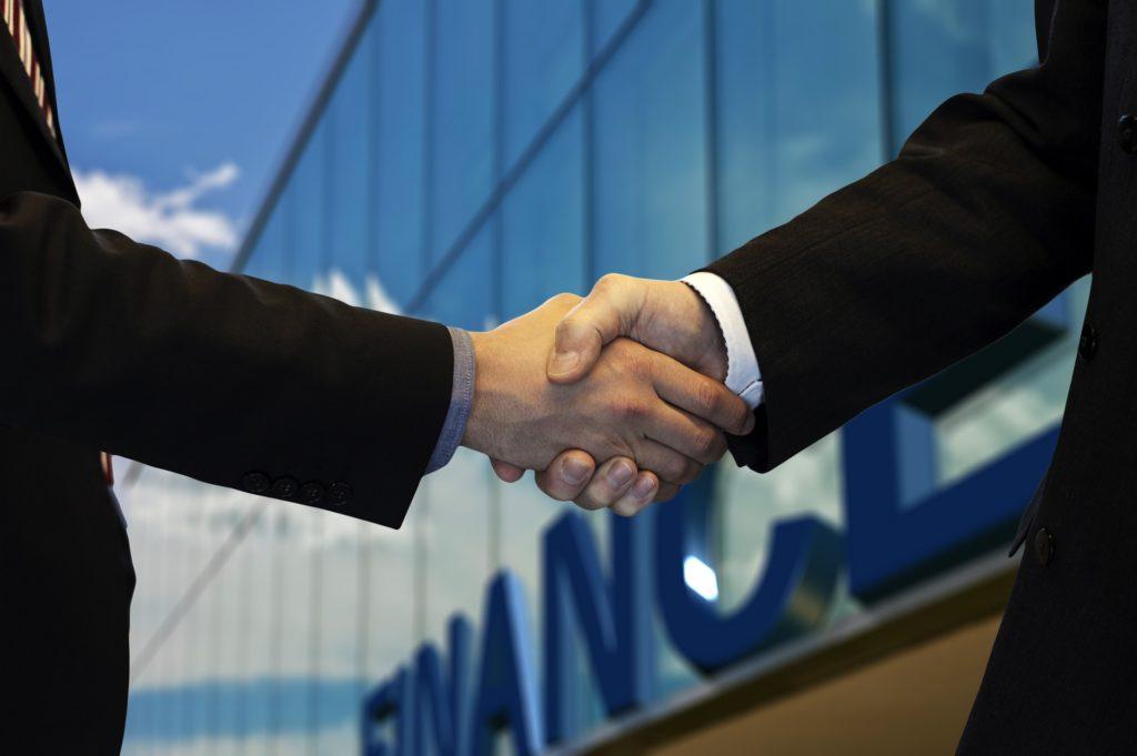 Bezpieczeństwo pożyczek społecznościowych_kredyt pozabankowy